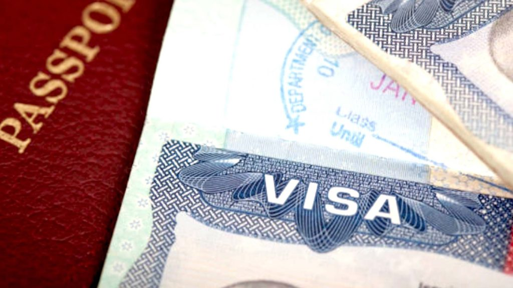 What nationalities do not need an entry visa to Ukraine?