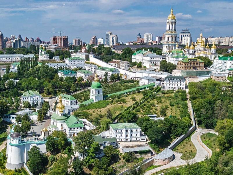 Украина - красочная и гордая страна